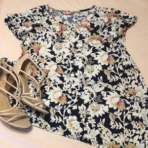 Dresses & Skirts - Navy blue floral dress